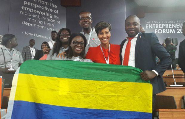 Iselle Akwoue, entourée des entrepreneurs gabonais à Lagos